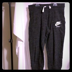 Youth Girls Nike Jogger Capri's